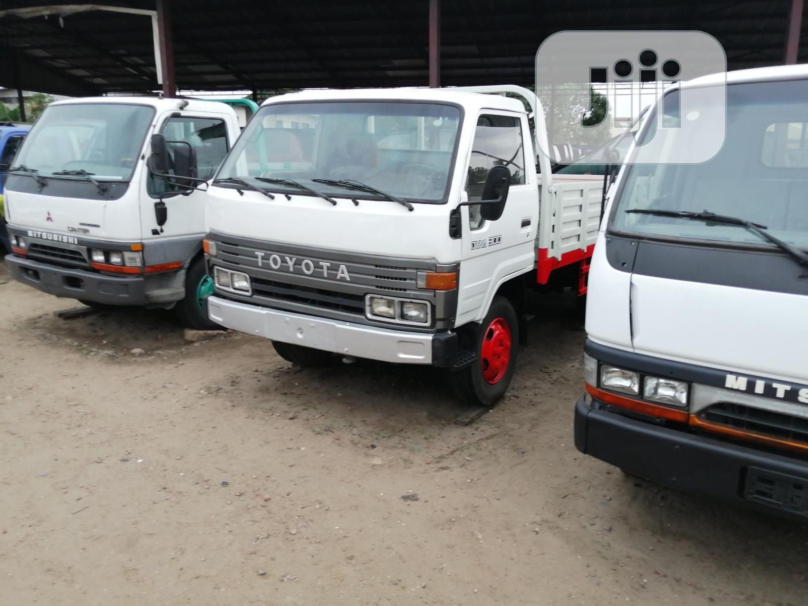 Toyota Dyna 2001 White   Trucks & Trailers for sale in Apapa, Lagos State, Nigeria