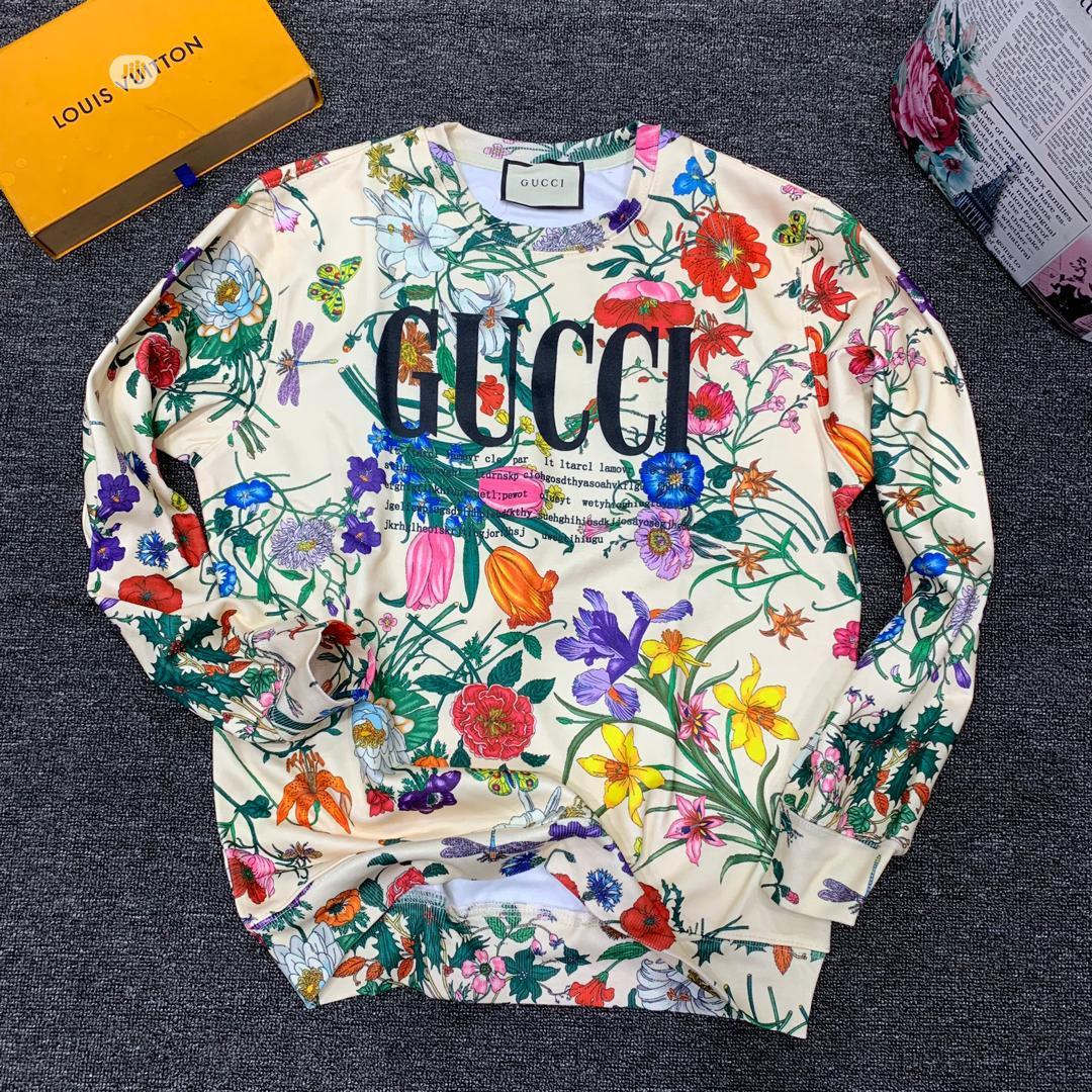 Louis Vuitton Men's Quality Sweatshirt | Clothing for sale in Lagos Island (Eko), Lagos State, Nigeria