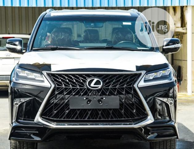 Archive: Lexus LX 570 2019 Black