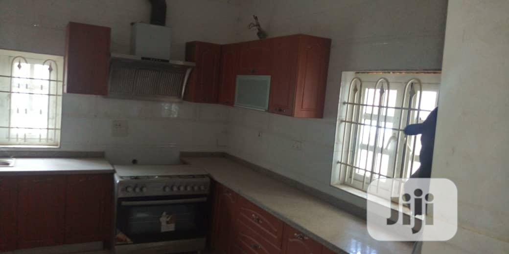 10bedroom Ensuit Mansion Located In A Serene Environ.@ Mabushi Abuja. | Houses & Apartments For Sale for sale in Mabushi, Abuja (FCT) State, Nigeria
