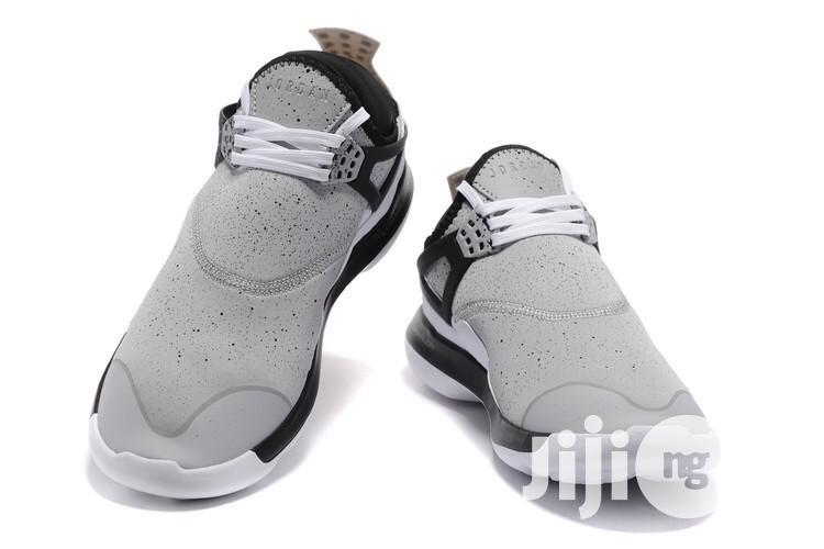 Nike Air Jordan Lunarlon Grey Color in