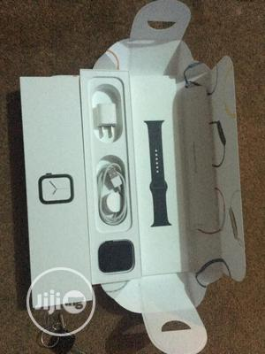 Open Box Apple Watch Series 4 44mm Gps + Cellular | Smart Watches & Trackers for sale in Oyo State, Ibadan