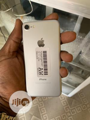 New Apple iPhone 7 32 GB Silver   Mobile Phones for sale in Lagos State, Surulere