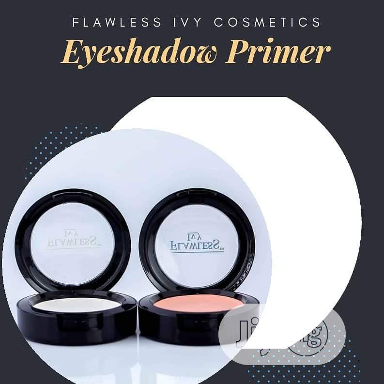 Eyeshadow Primer - Available in Nude and White