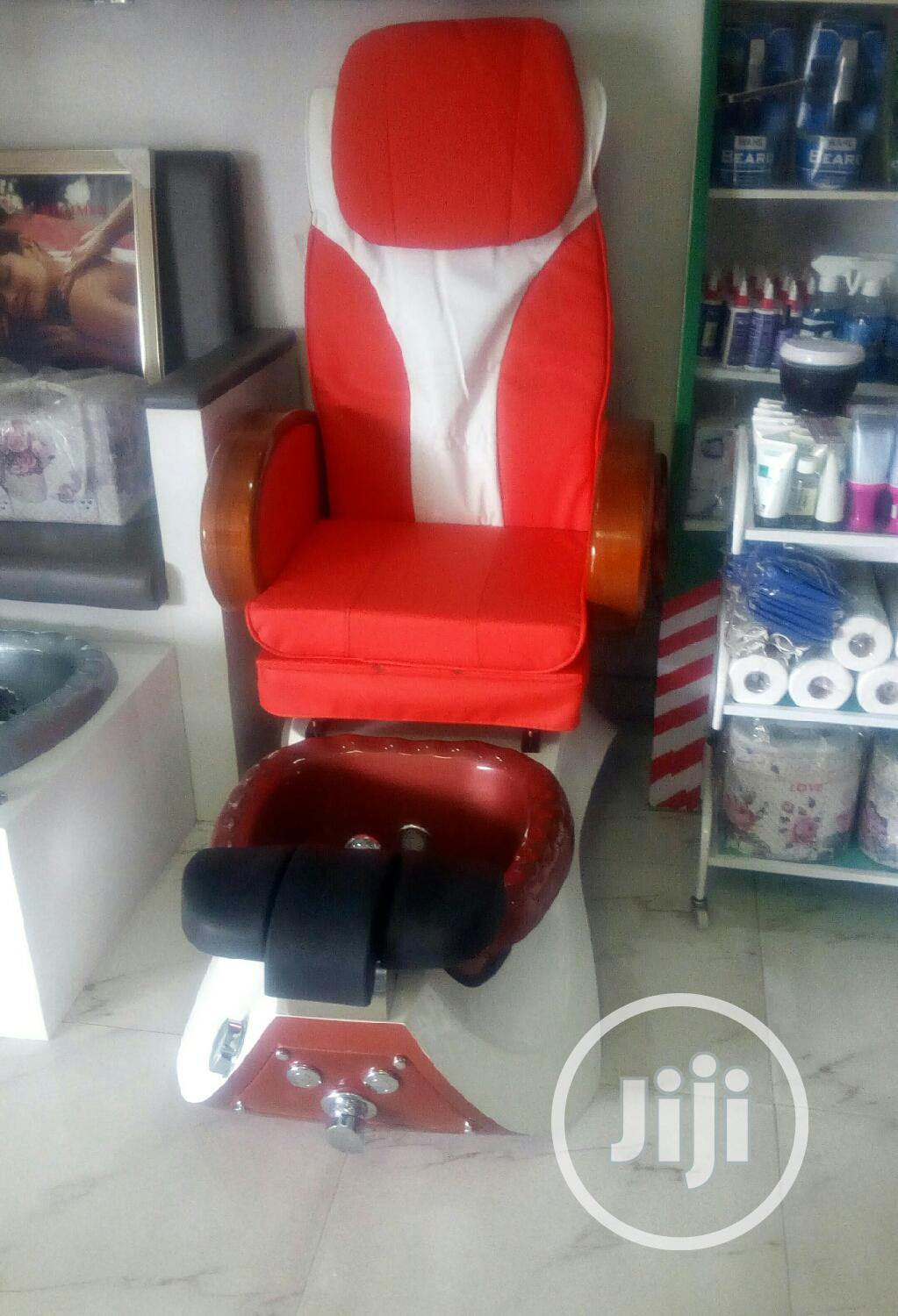 Brand New Electric Pedicure Massage Chair