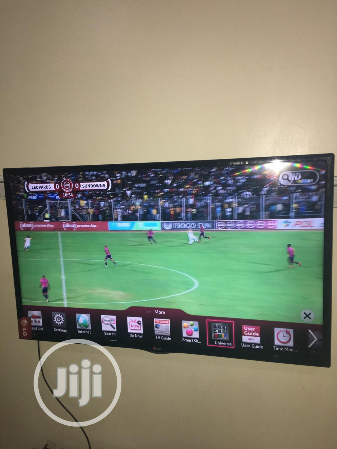 LG Smart TV 42 Inches. As Gud As New. Miracast, Wifi, Et | TV & DVD Equipment for sale in Gwarinpa, Abuja (FCT) State, Nigeria