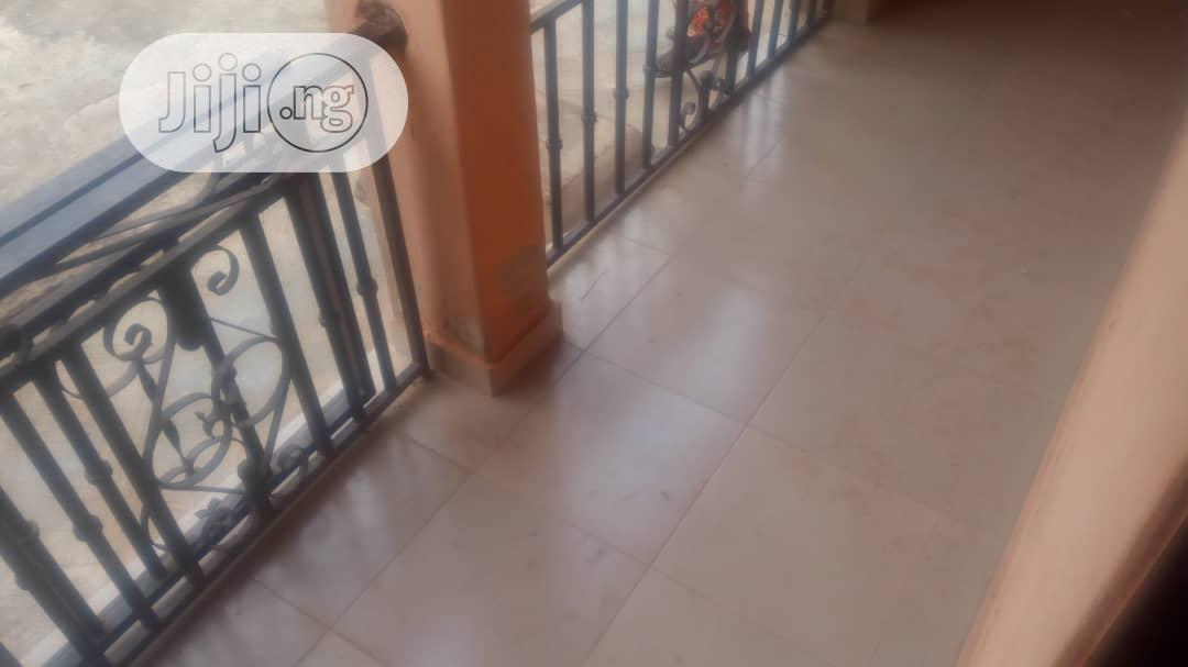 To Let. Excecutive Furnished 3bedroom Flat Ensuite@Ekoro Rd,Abule Egba | Houses & Apartments For Rent for sale in Ifako-Ijaiye, Lagos State, Nigeria