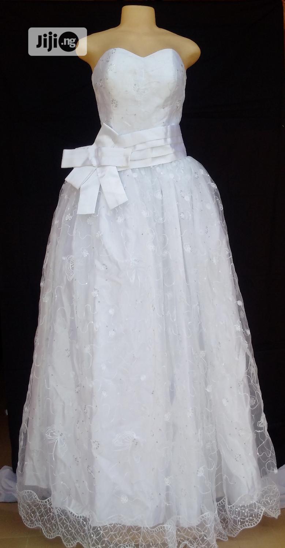 Princess Swthrt Neckline Ball Wedding Gown Wit Detachable Waist Sash