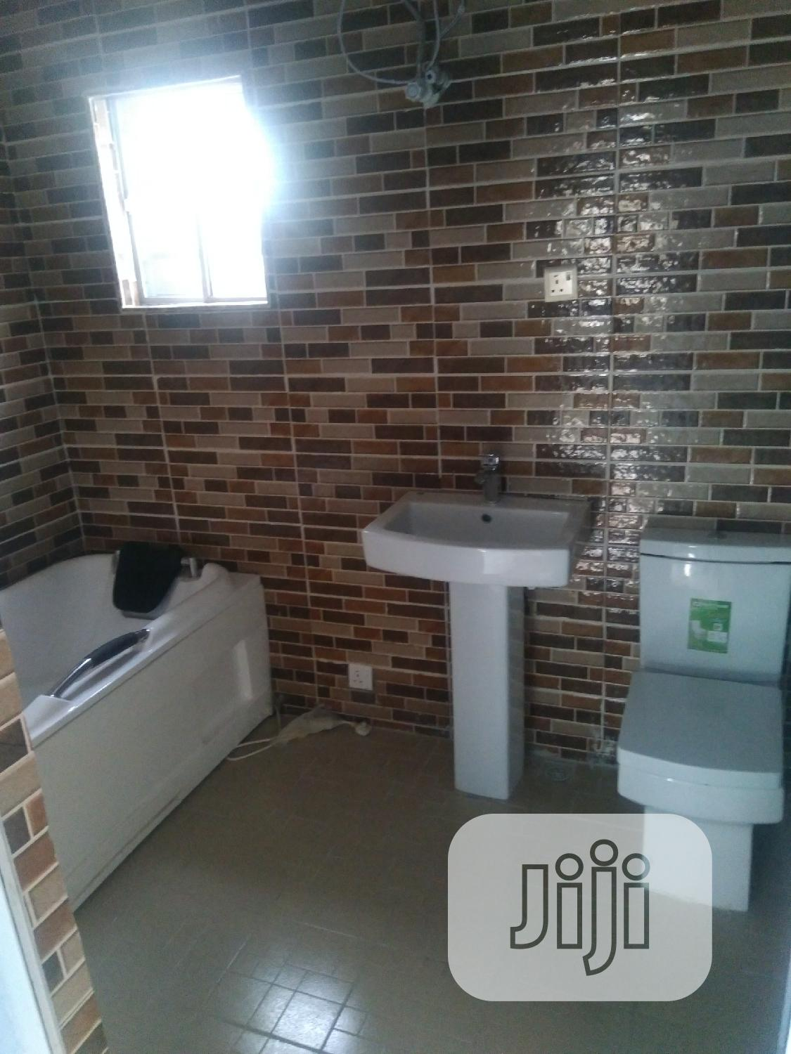 To Let Newly Built 5 Bedroom Duplex Ogba