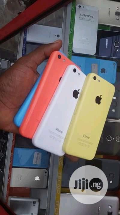 Apple iPhone 5c 16 GB White