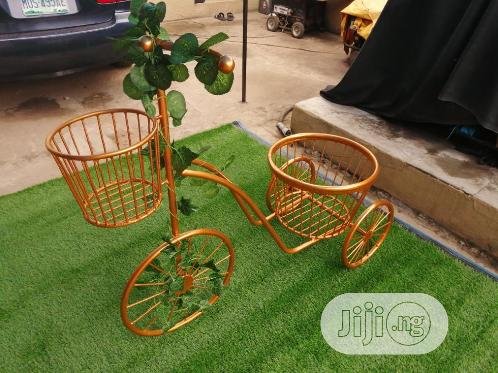 3 Wheels Planter Stand For Sale To Bulk Buyers