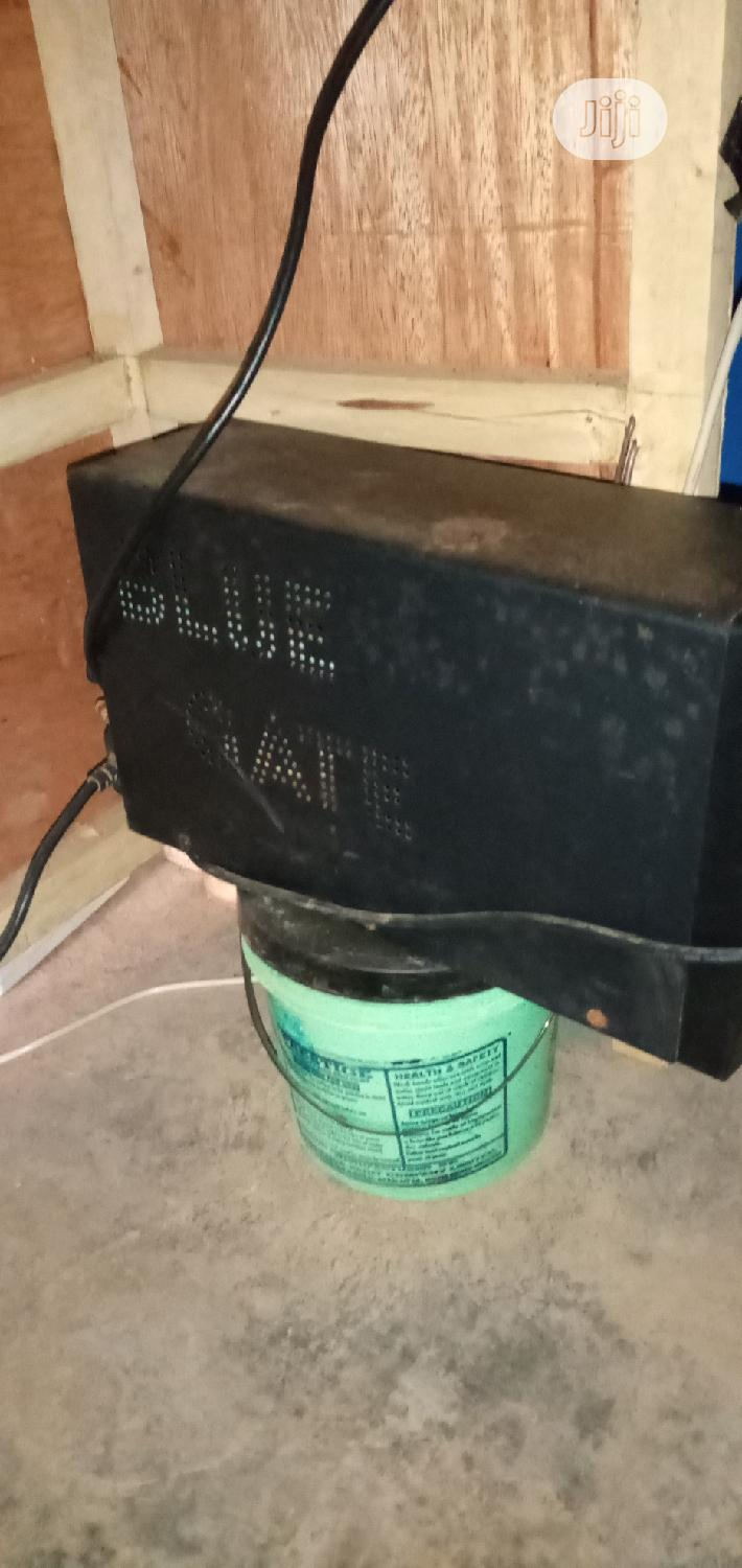 BLUEGATE UPS 1.75kva For Sale   Computer Hardware for sale in Alimosho, Lagos State, Nigeria