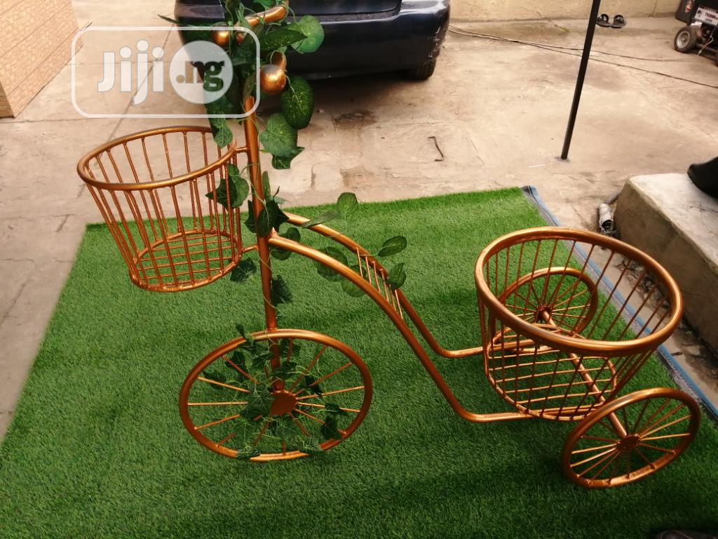 Golden Tricycle Vase/Pot Stands On Sale Across The Nation At Low Price