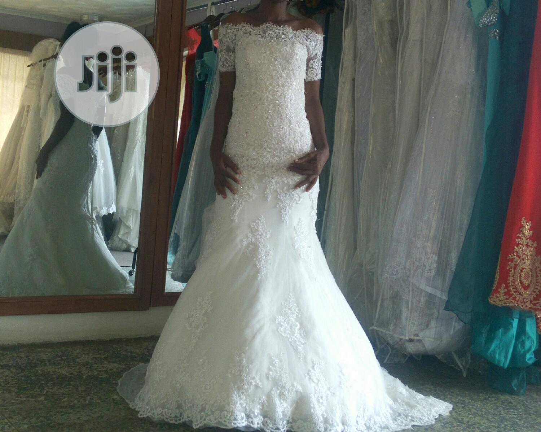 Rent Off Shoulder Mermaid Wedding Dress