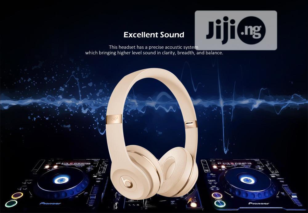 Beats Solo 3 Wireless Bluetooth On-ear Headset - Multi
