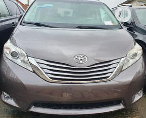 Toyota Sienna 2013 XLE FWD 8-Passenger Gray | Cars for sale in Oyo State, Ibadan