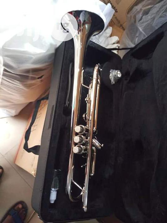 Yamaha Silver Trumpet Wit Trumpet Oil And Accessories