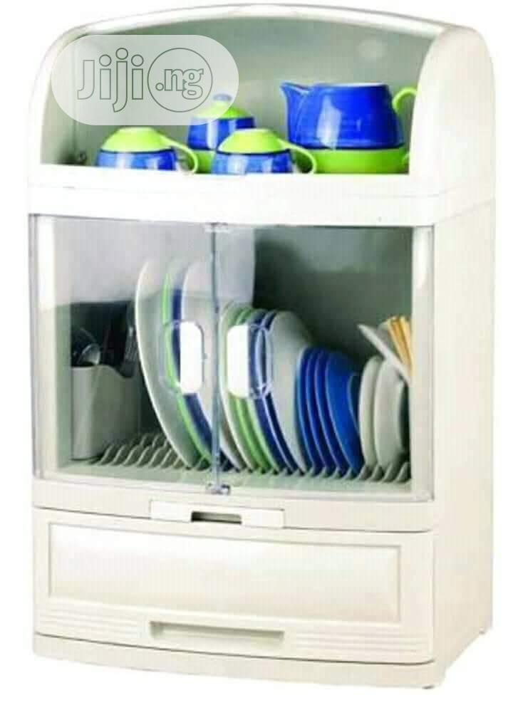 Plate Rack With Cover