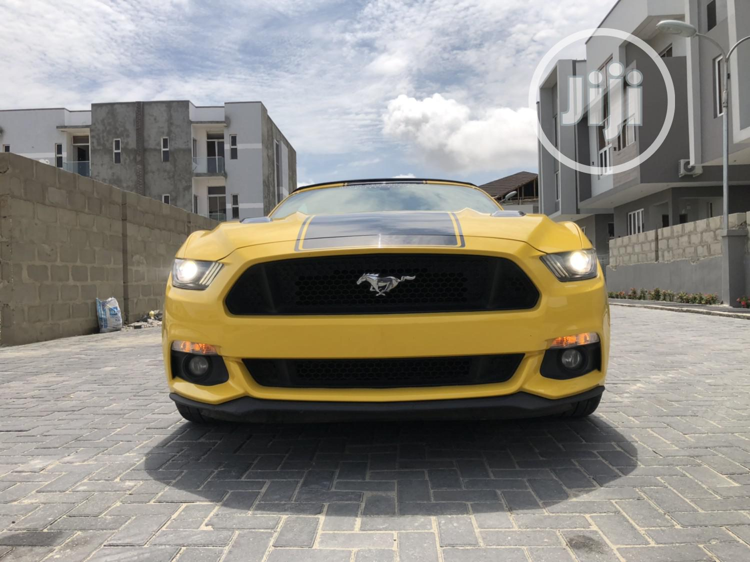 Ford Mustang 2015 Yellow