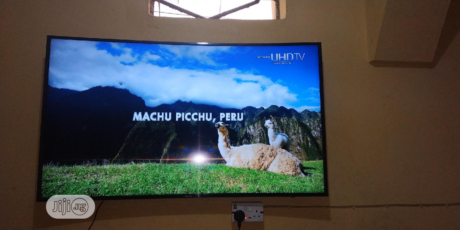 """Samsung 55"""" Smart Curved UHD 4K LED TV With Wi-Fi Ready Bluetooth 