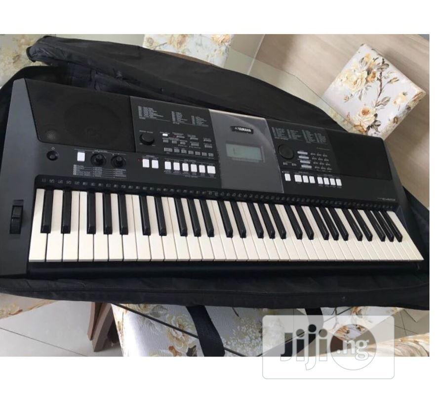 UK USED Yamaha PSR E423 61-Key Portable Keyboard