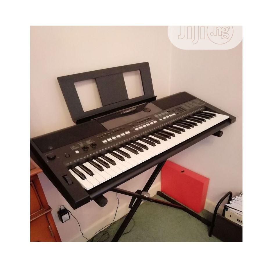 Archive: UK USED Yamaha PSR E433 61-Key Portable Keyboard