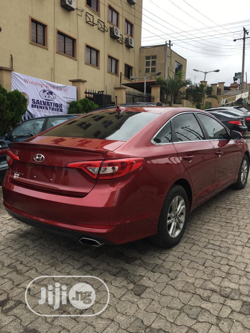 Archive: Hyundai Sonata 2016 Red