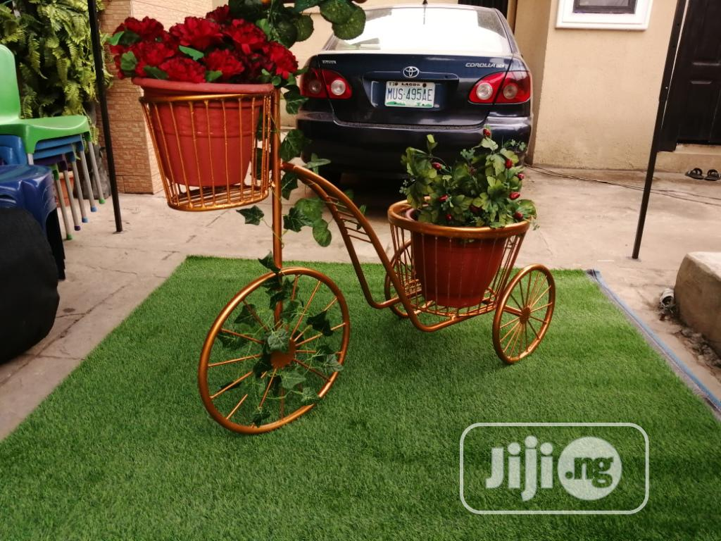 3 Wheels Planter Stand At Sales On Affordable Price Nationwide | Manufacturing Services for sale in Damaturu, Yobe State, Nigeria