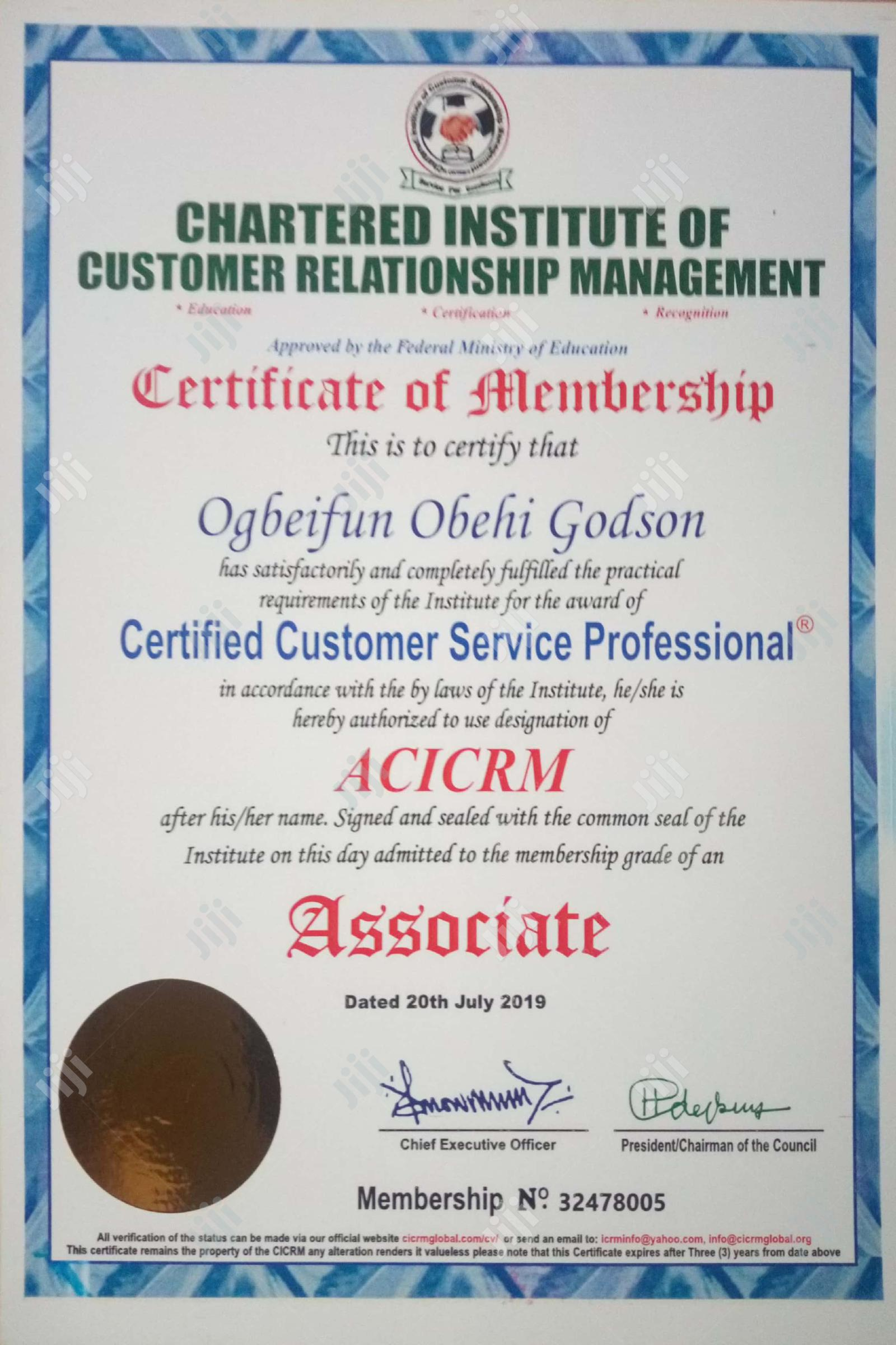 Customer Service & Support