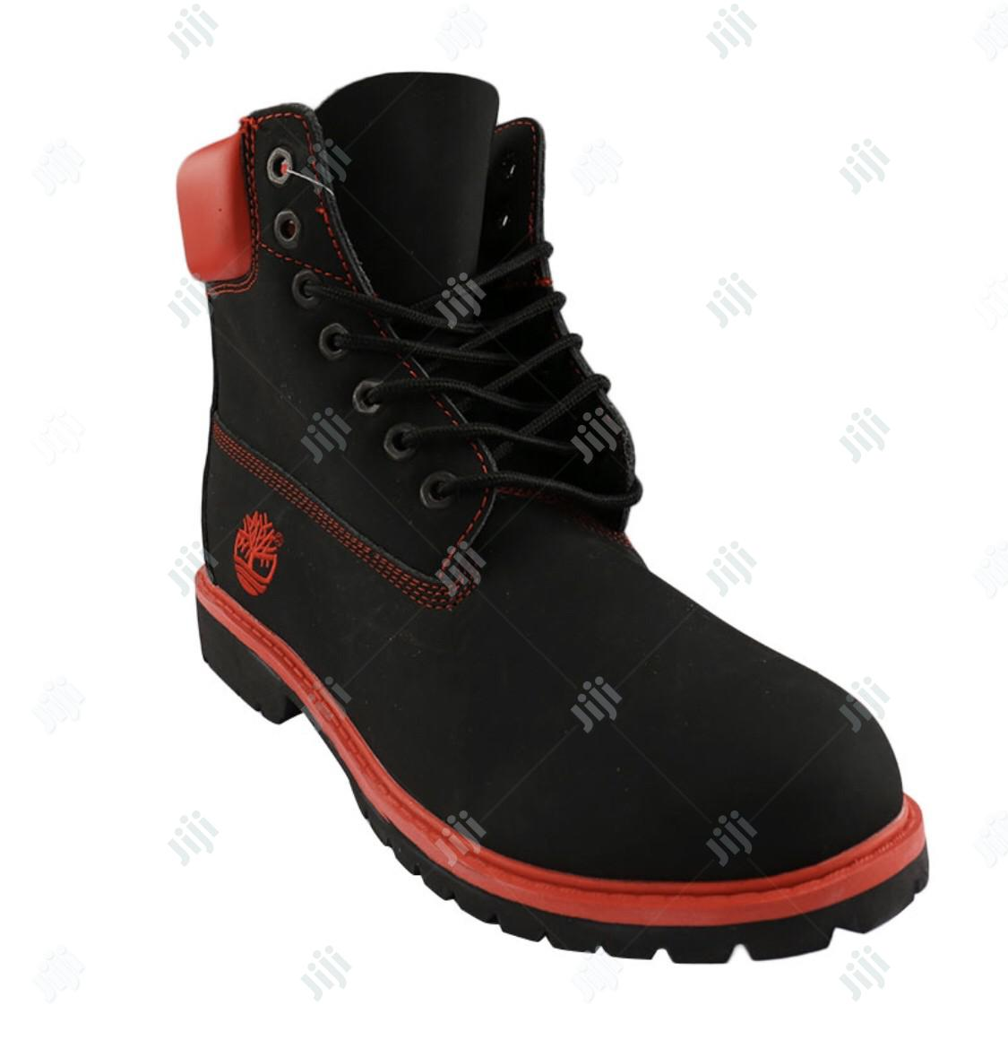 Timberland Boots in Black and Red in