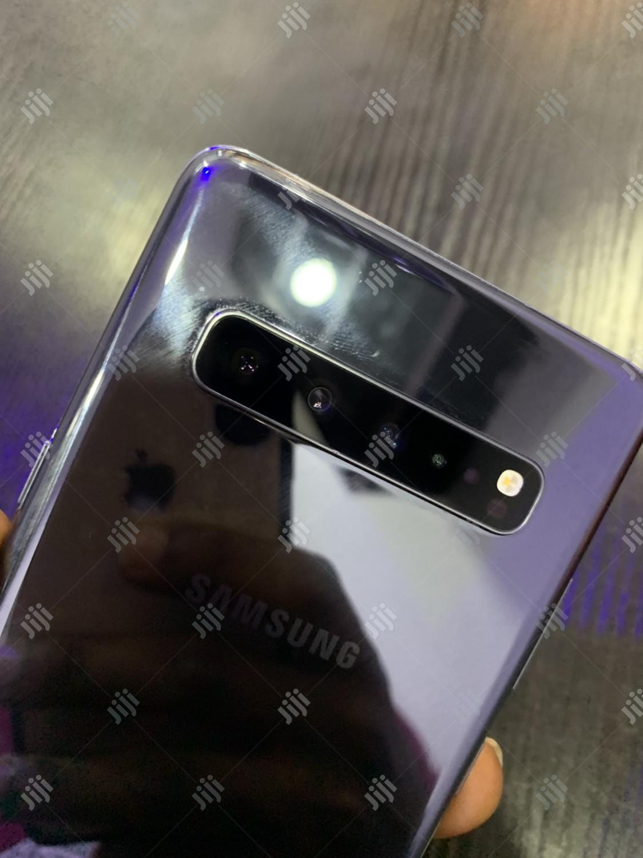 Samsung Galaxy S10 5G 256 GB Gray | Mobile Phones for sale in Benin City, Edo State, Nigeria