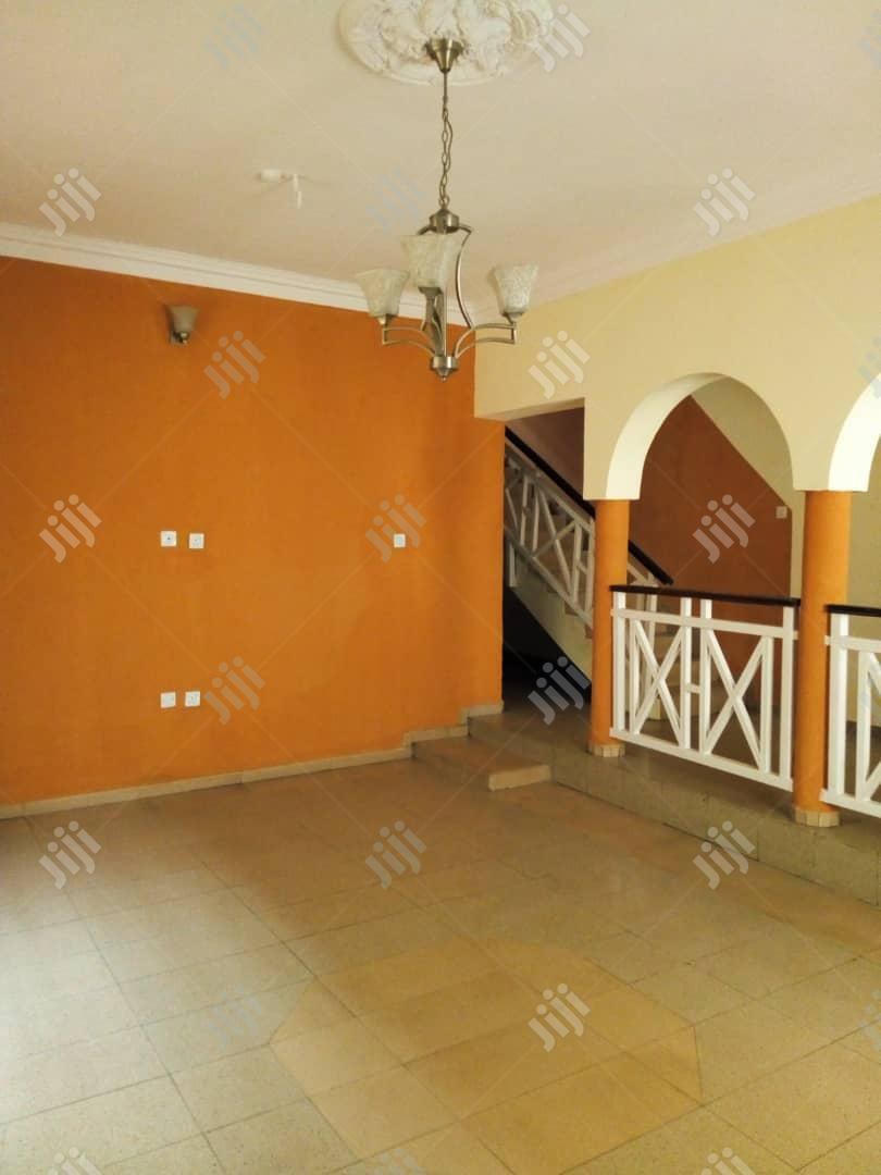 A Well Finished 3 Bedroom Terrace Duplex For Sale | Houses & Apartments For Sale for sale in Magodo, Lagos State, Nigeria