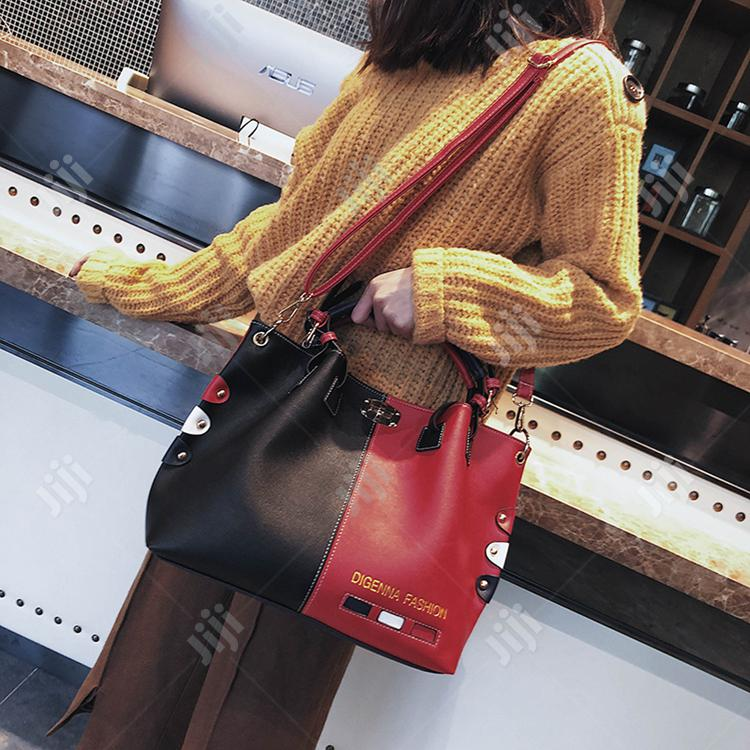 Europe And America Designer Large Capacity Bag | Bags for sale in Lagos Island (Eko), Lagos State, Nigeria