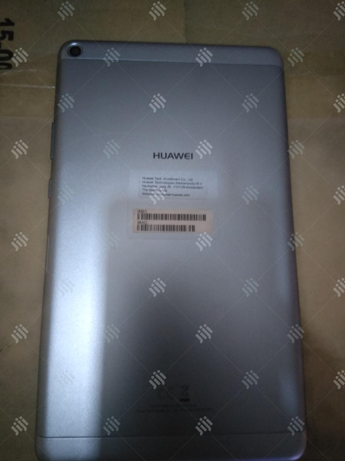 Archive: Huawei MediaPad T3 8.0 16 GB Gray
