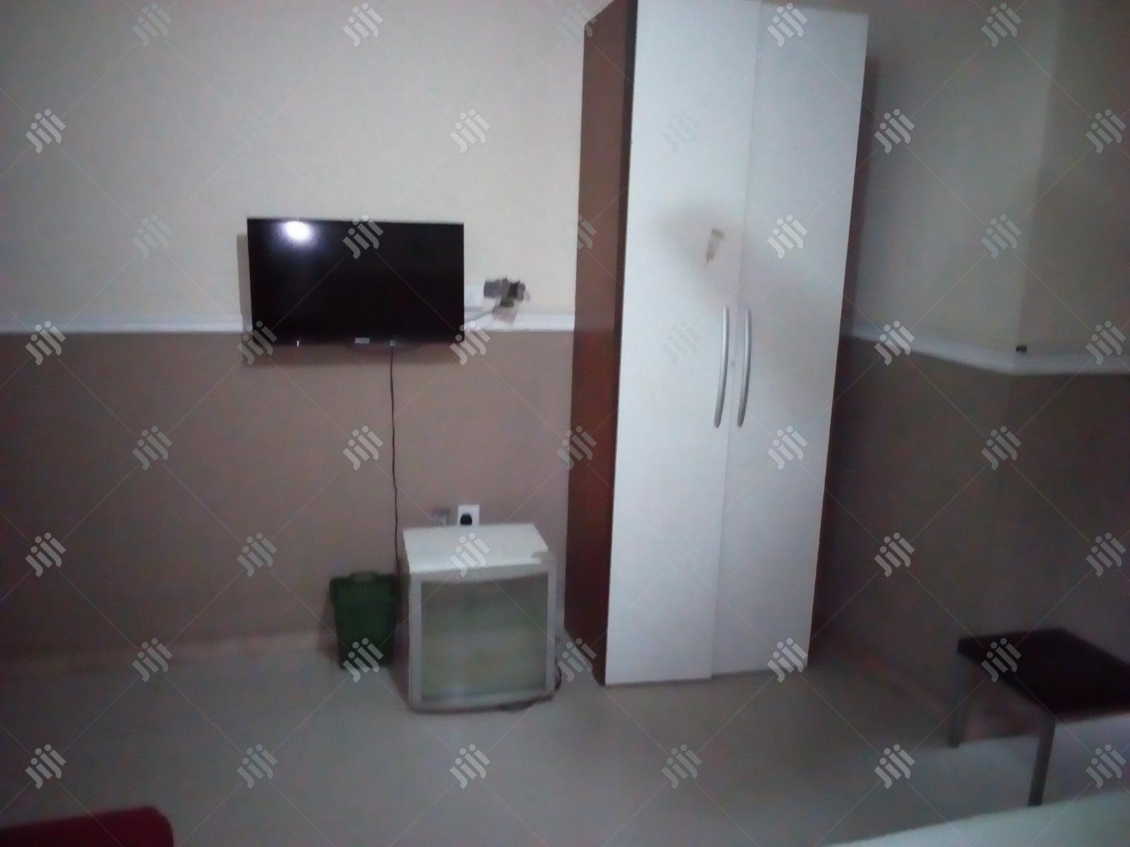 Self Contaiened Service Apartment To Let | Short Let for sale in Benin City, Edo State, Nigeria