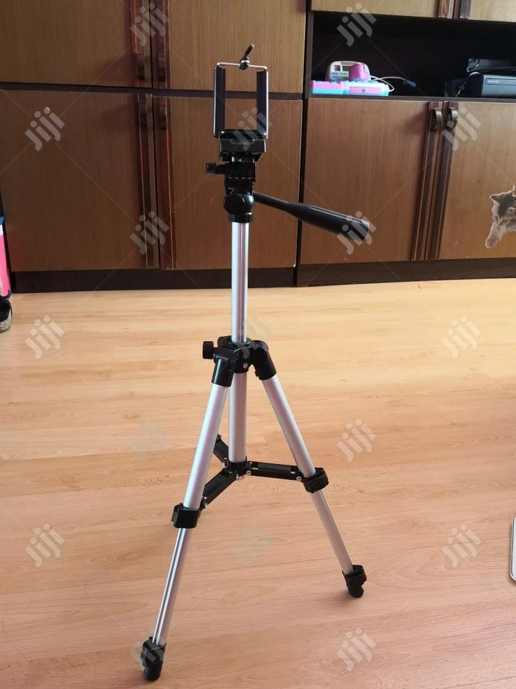 Tripod Aluminium Tripod Stand Holder For Camera Mobile Phone | Accessories & Supplies for Electronics for sale in Ikeja, Lagos State, Nigeria