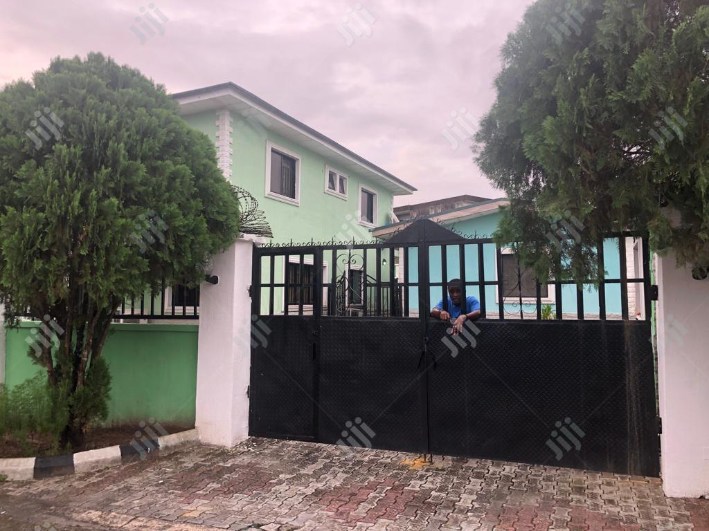 To Let Standard Duplex for Sale   Houses & Apartments For Sale for sale in Calabar, Cross River State, Nigeria
