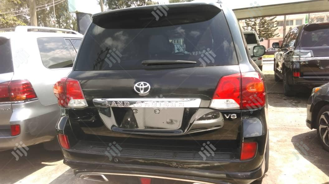 Toyota Land Cruiser 2011 Black