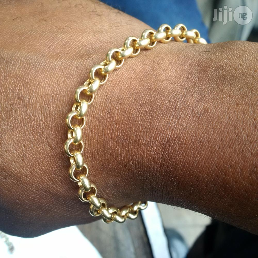 Pure ITALY 750 Solid 18krt Gold Bracelet Half Balls Design   Jewelry for sale in Lagos State, Nigeria