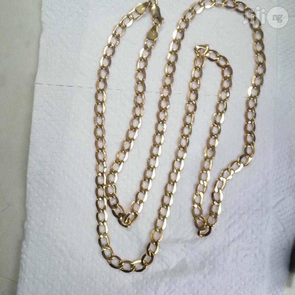 ITALY 750 Solid 18krt Gold Medium Size Cuban Design