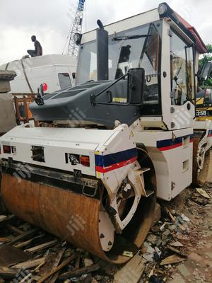 European Used 10tons Double Drum Bomag Vibratory Compactor Roller | Heavy Equipment for sale in Lagos State, Amuwo-Odofin
