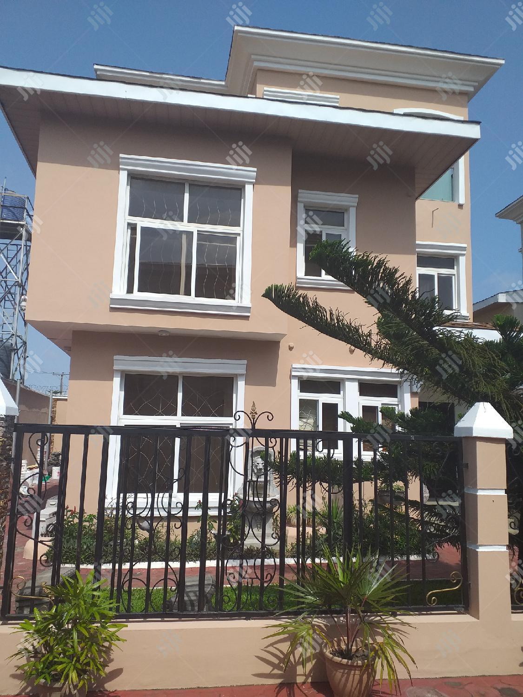 Elegantly Designed 5 Fully Detached Duplex for Letting