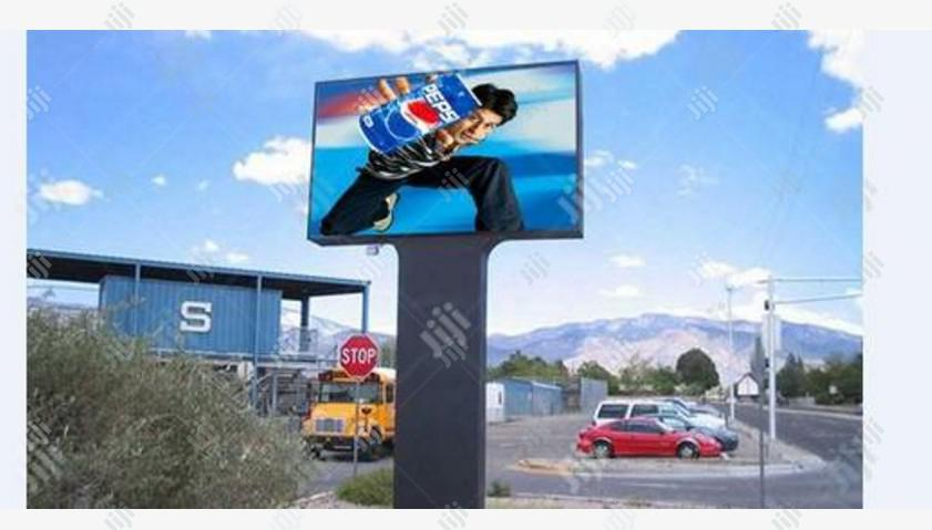 Advert LED Screen Multimedia Outdoor By Hip