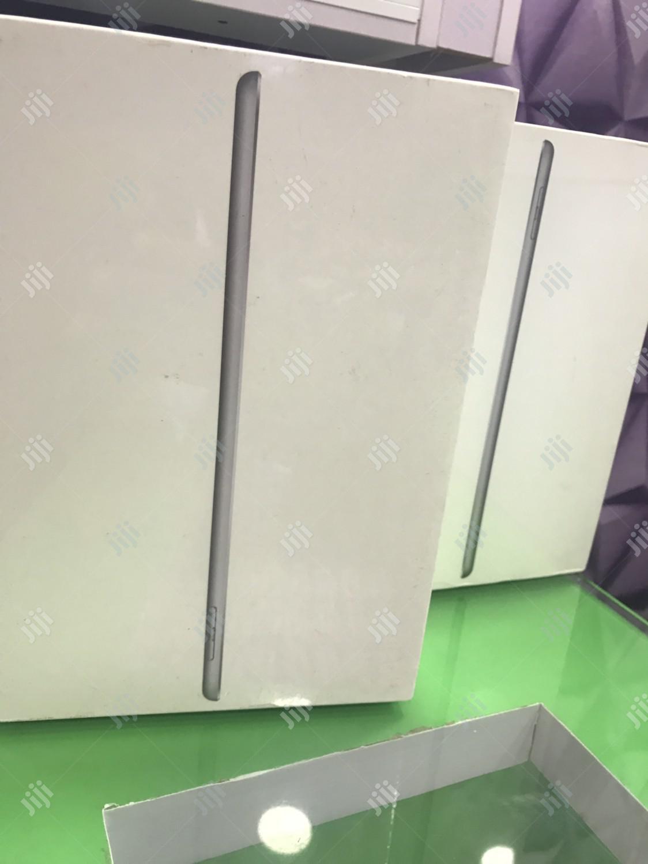 New Apple iPad 9.7 32 GB Gray | Tablets for sale in Ikeja, Lagos State, Nigeria
