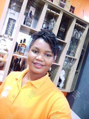 Resturant Waitress | Restaurant & Bar CVs for sale in Rivers State, Port-Harcourt