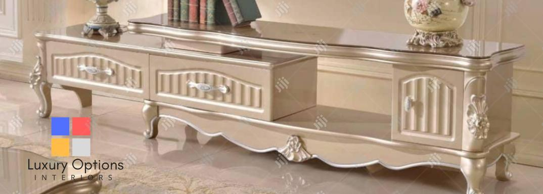 Archive: Masterpiece Extendable Tv/Console Stand