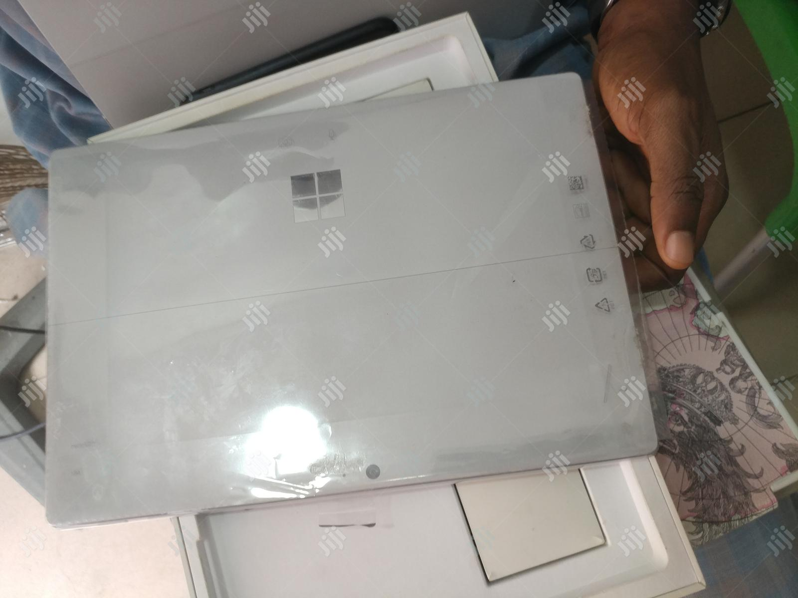 Laptop Microsoft Surface Pro 4 8GB Intel Core i5 HDD 256GB   Laptops & Computers for sale in Ikeja, Lagos State, Nigeria