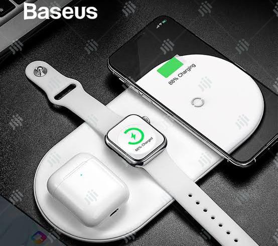 Baseus 3 in 1 Wireless Fast Charger