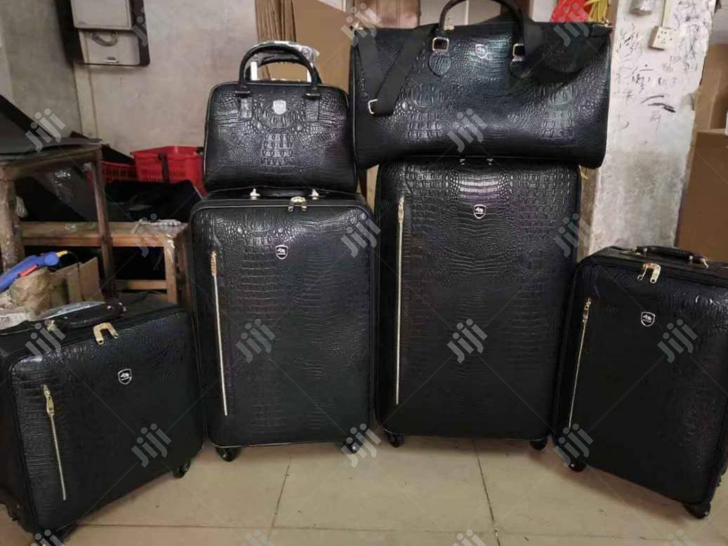 Quality Trolley Bags Set of 6 for Executive Travelling Confort