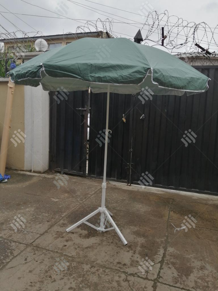 Modern White Stand On Umbrella For Stand